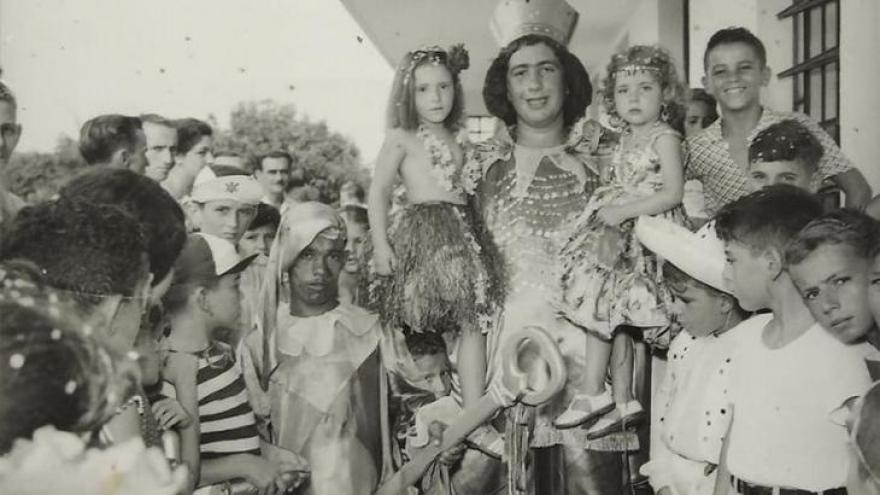 Bolinha como rei momo do carnaval
