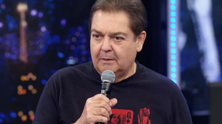 Como Faustão chama os intervalos na Globo?