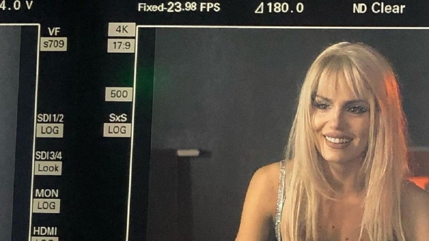 Camila Queiroz mostra bastidores de Verdades Secretas 2