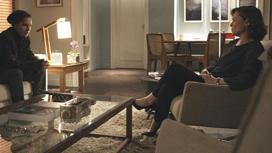 Psicóloga conversa com Ivana e esclarece suas dúvidas.