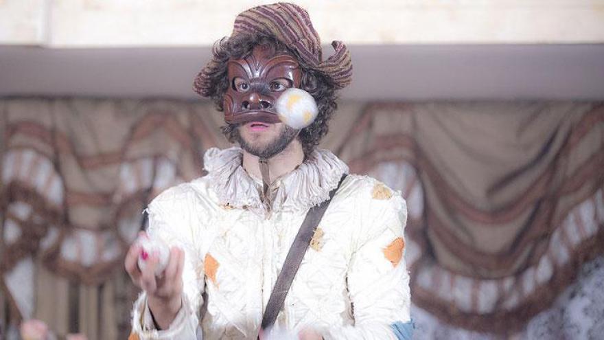 Joaquim na estreia, fantasiado