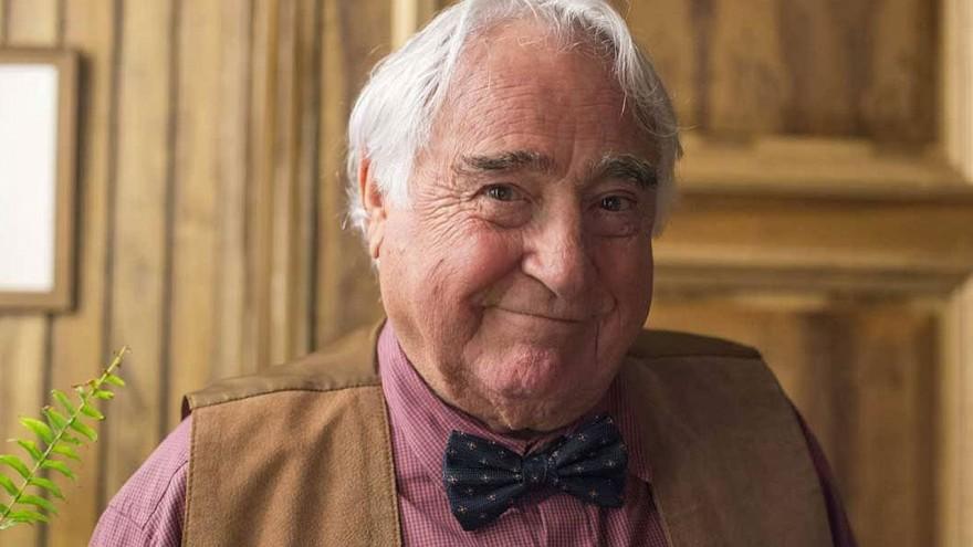 Morre Luis Gustavo, aos 87 anos. Pioneiro na TV, ator lutava contra um câncer no intestino desde 2018