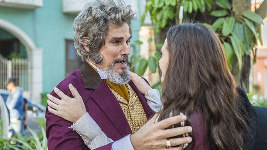 Dom Sabino se emociona ao reencontrar a filha