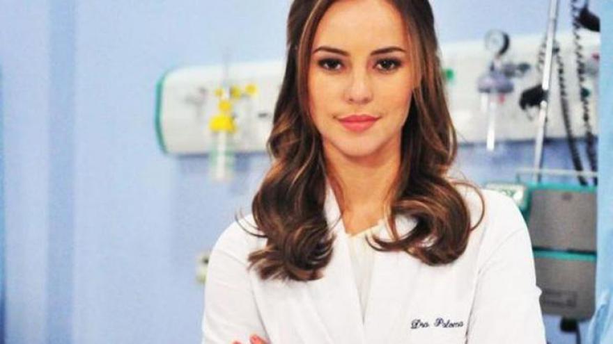 Paolla Oliveira também já viveu uma médica: Paloma Khoury de