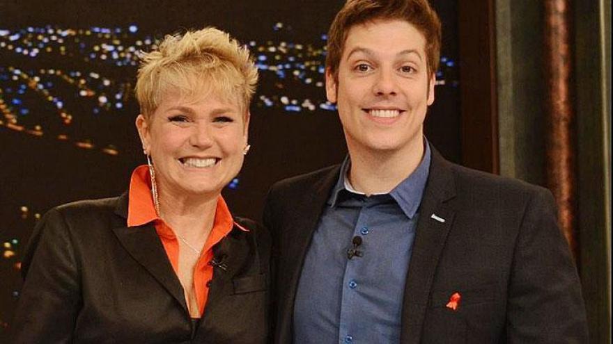 Fábio Porchat apresenta um talk-show na Record TV. O programa briga pela vice-liderança. E mais: Porchat adora viajar.