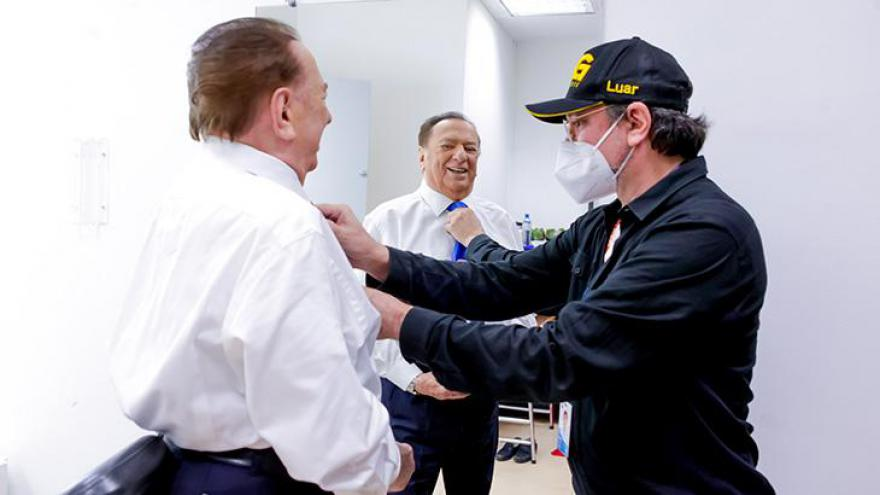 Raul Gil voltou às gravações após mais de um ano afastado por conta da pandemia