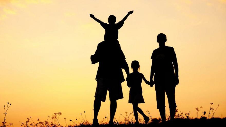 Sua família é contra seu namoro, e aí?