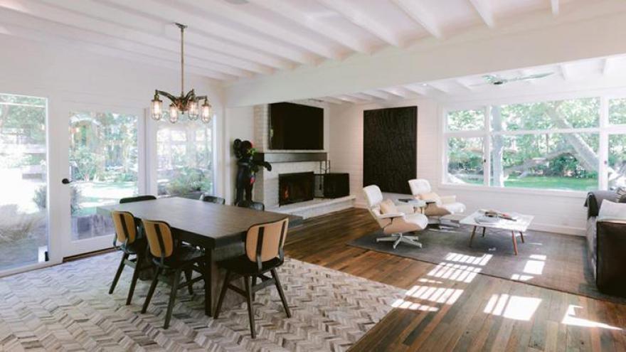 Reese Witherspoon vende casa de férias por quase 7 milhões de dólares