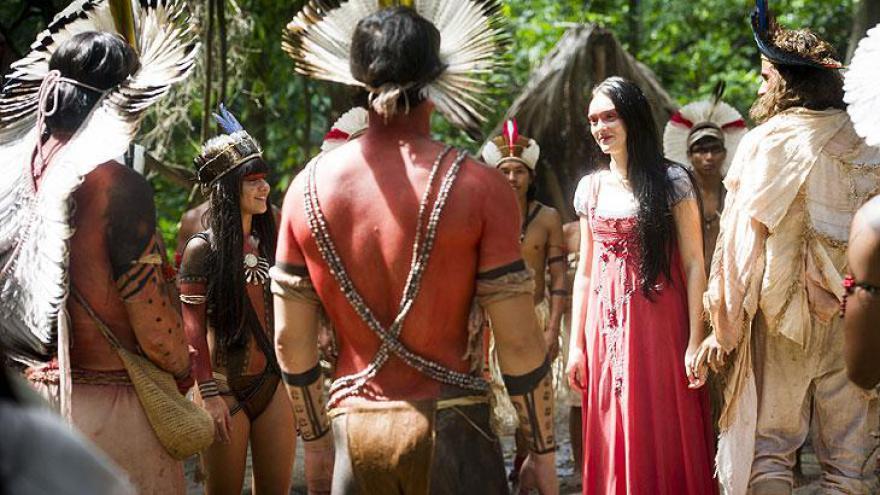 Joaquim e Anna se casam na aldeia