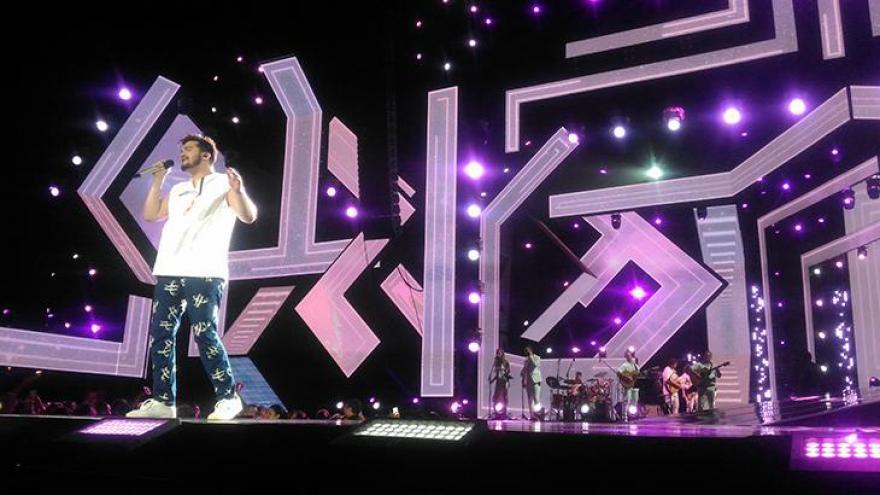 Luan Santana canta em Recife
