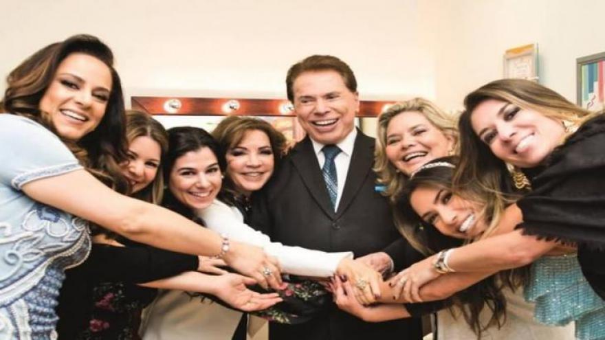 Silvio Santos, Íris e suas seis filhas