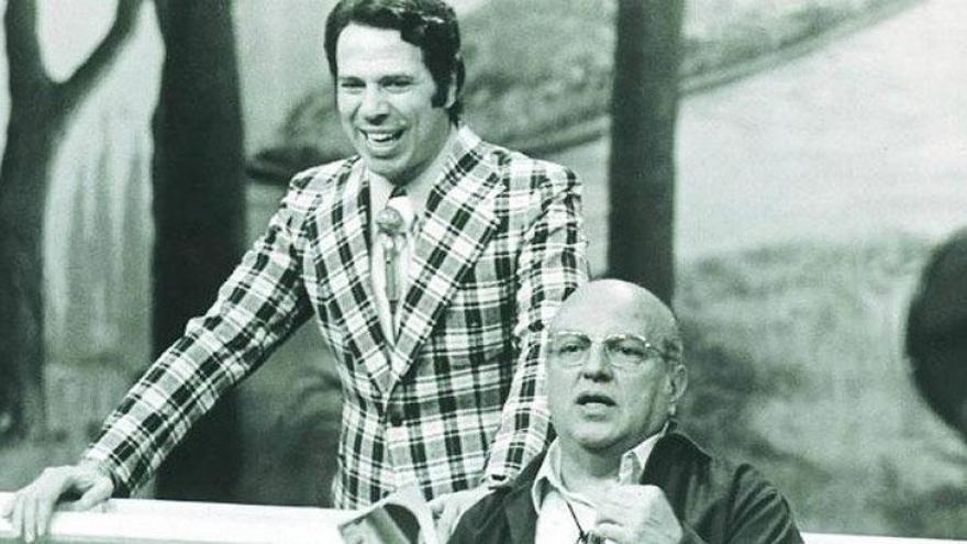 Silvio Santos e Manuel da Nóbrega, criador da Praça