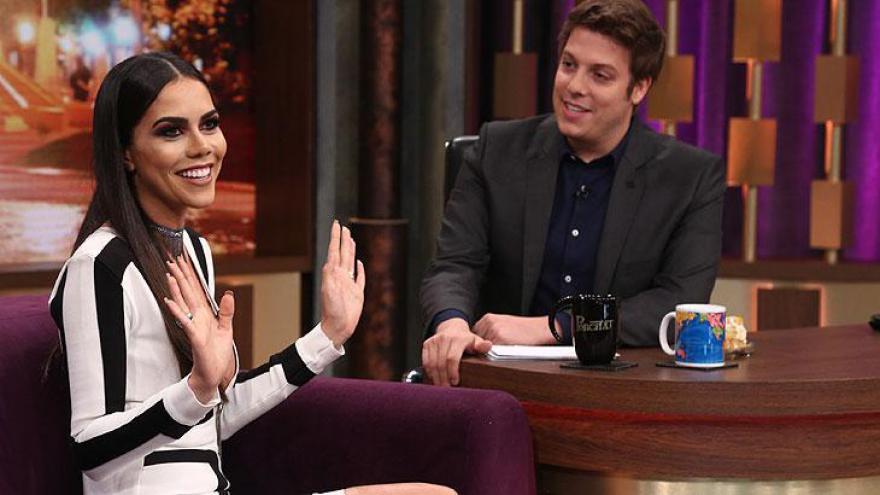 Daniela Albuquerque e Fábio Porchat - Atração é exibida de segunda a quinta-feira na Record TV, à 00h15.