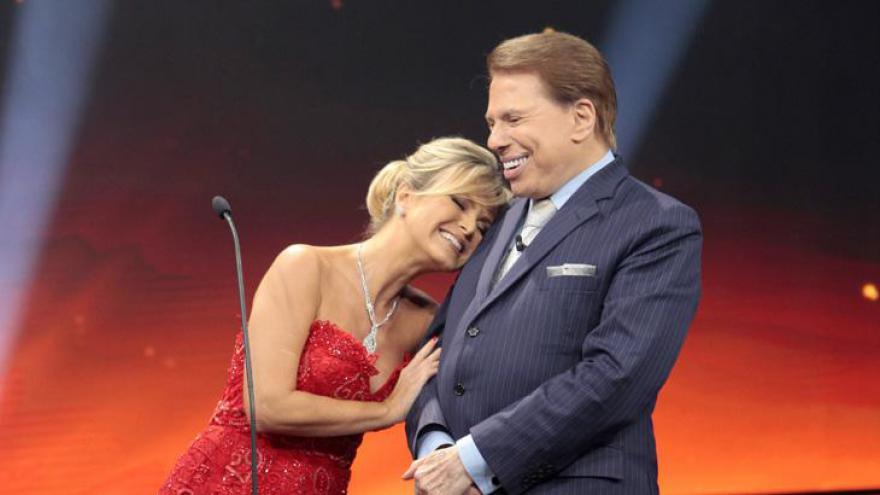 Eliana se emocionou com Silvio Santos