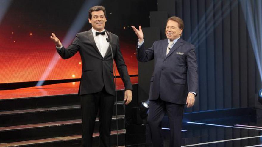 Além de se emocionar, Portiolli também se divertiu com Silvio Santos