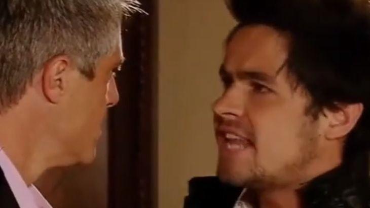 Augusto e Anibal se encarando com raiva