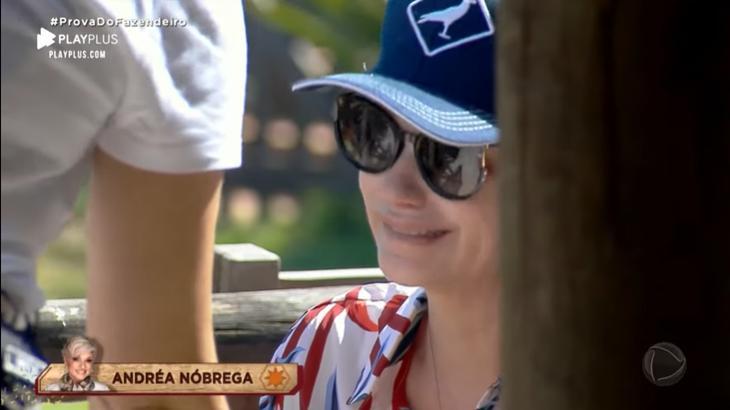 Andréa Nóbrega chora durante reality show