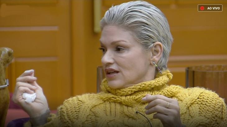 """Andréa Nóbrega explicou briga com Drika Marinho em """"A Fazenda 11"""""""