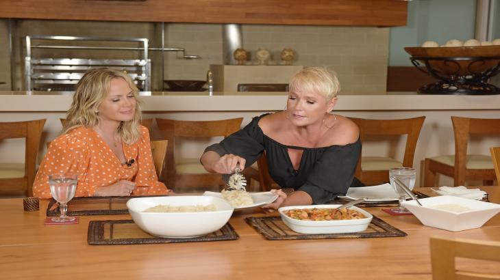Xuxa e Eliana almoçando