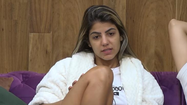 Hariany Almeida durante o reality show A Fazenda 2019 (Reprodução)