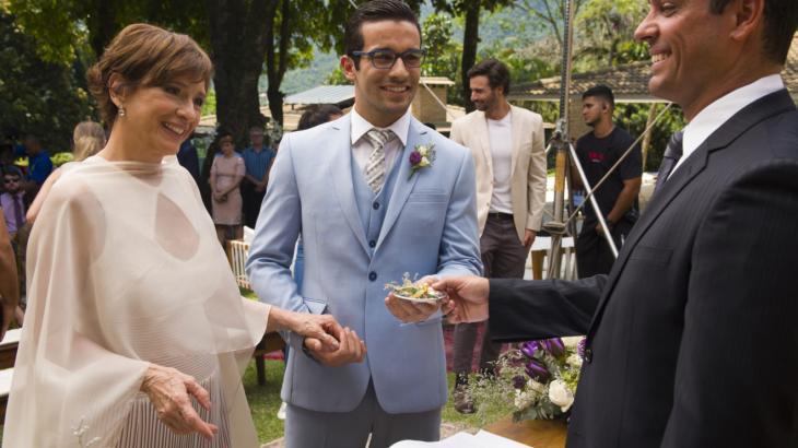 Beatriz e Zé Hélio se casam em cerimônia emocionante - Reprodução/TV Globo