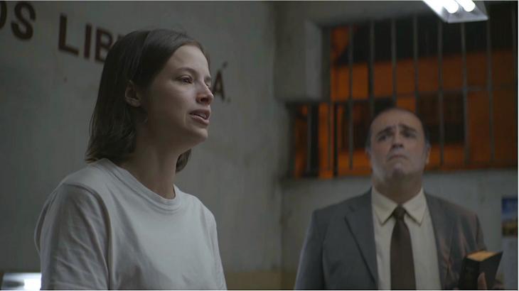 """A Dona do Pedaço: Arrependida, Josiane se transforma: """"Quero a salvação"""""""