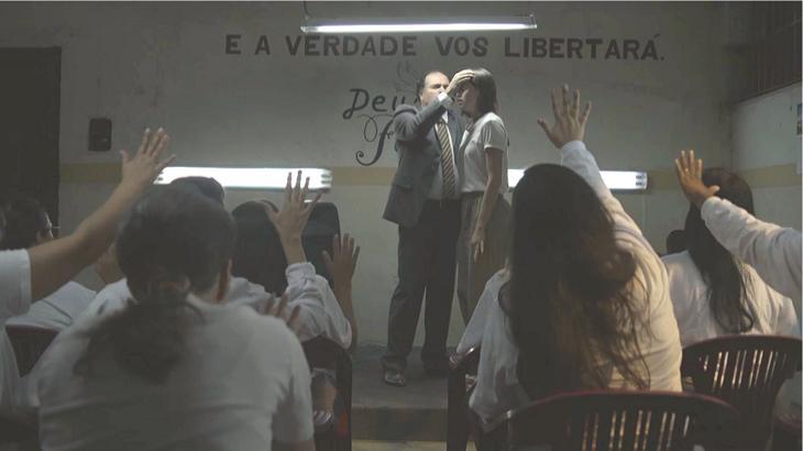 Josiane se convertendo em A Dona do Pedaço. Foto: Divulgação/Gshow