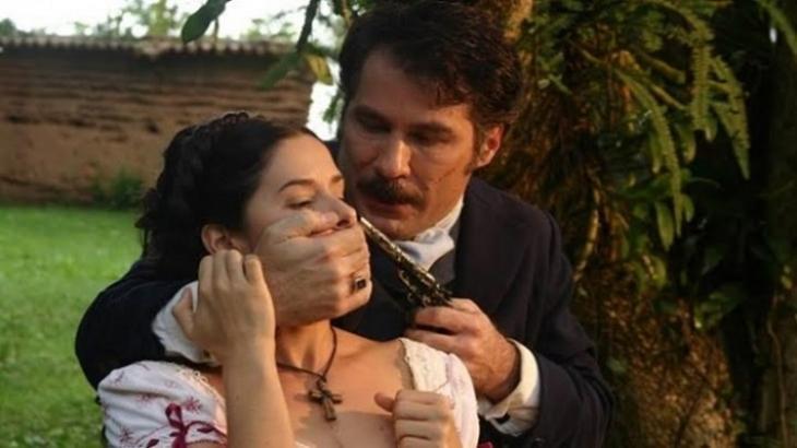 Na novela A Escrava Isaura, ex-escrava tentará matar seu algoz - Foto: Reprodução
