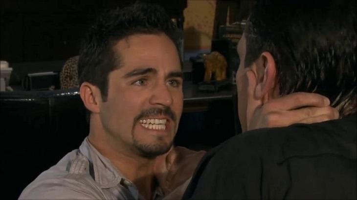 Rogério (Jorge Salinas) e Gustavo (José Ron) vão brigar em