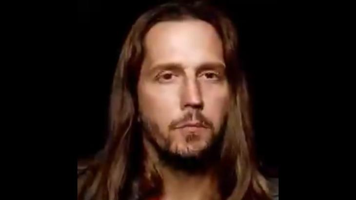 Amor de Mãe terá Vladimir Brichta com cabelão e muito choro. Foto: Reprodução