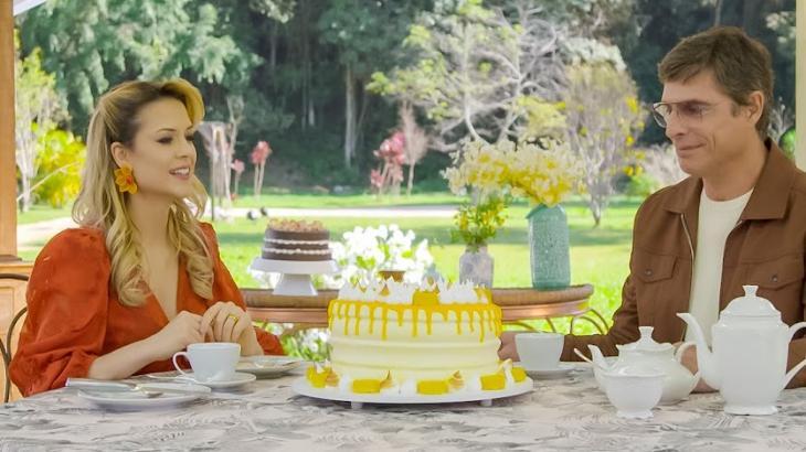 Bake Off Brasil destaca participantes fazendo bolo doce com aparência de salgado