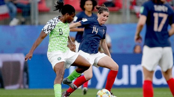 Vitória da França sobre a Nigéria pela Copa do Mundo feminina de futebol garantiu recorde de audiência para a Band