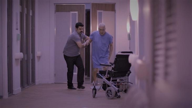 Em Bom Sucesso, Alberto tentará fugir do hospital para ir ao Carnaval - Foto: Divulgação/Gshow