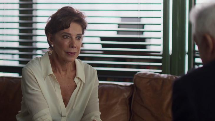 Bom Sucesso: Alberto se declara para Vera que o rejeita: