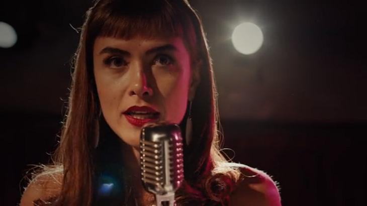Maria Casadevall em Coisa Mais Linda - Foto: Reprodução/Netflix