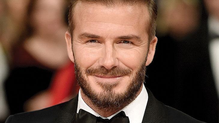 David Beckham: Ataxofobia - medo de bagunça. Está explicado o motivo para o ex-jogador David Beckham andar sempre arrumadinho, o astro britânico não suporta bagunça.