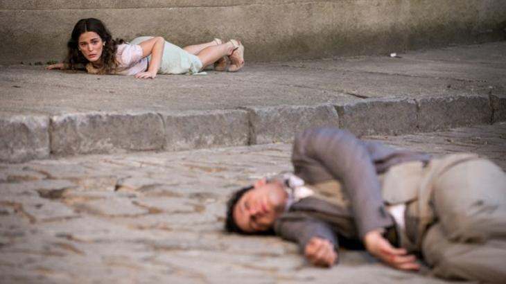Êta Mundo Bom: Sandra tenta matar Maria, mas tiro sai pela culatra e vilã se desespera
