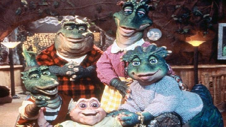 Personagens de Família Dinossauros  posados para foto
