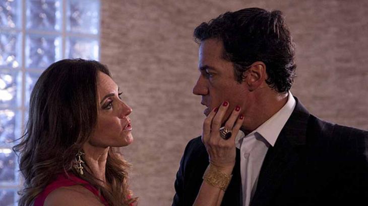 Em Fina Estampa, Tereza Cristina dará ordem para queimar casa de Griselda - Foto: Divulgação