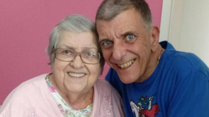 Família dá notícia da morte de Jorge Fernando para a mãe de 95 anos: