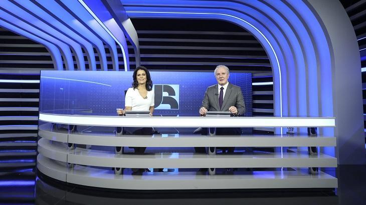 Celso Freitas e Adriana Araújo são os âncoras titulares do