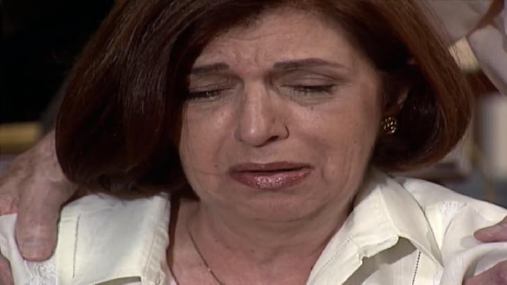 Cena de Laços de Família com Ema chorando