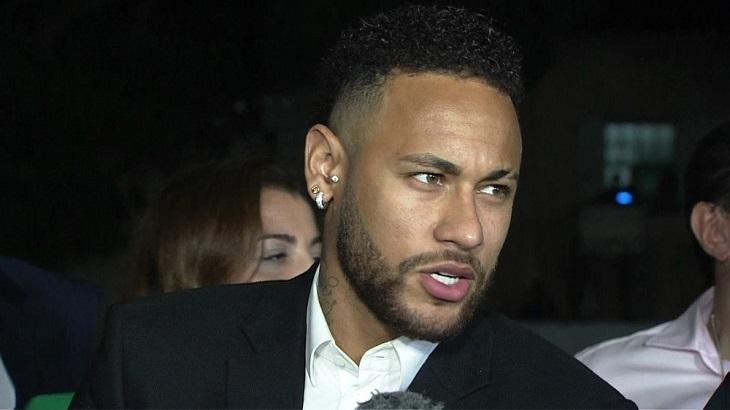Neymar após depoimento na Delegacia da Mulher