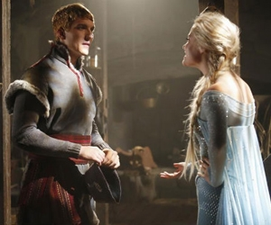 Veja fotos de Elsa e Kristoff, de