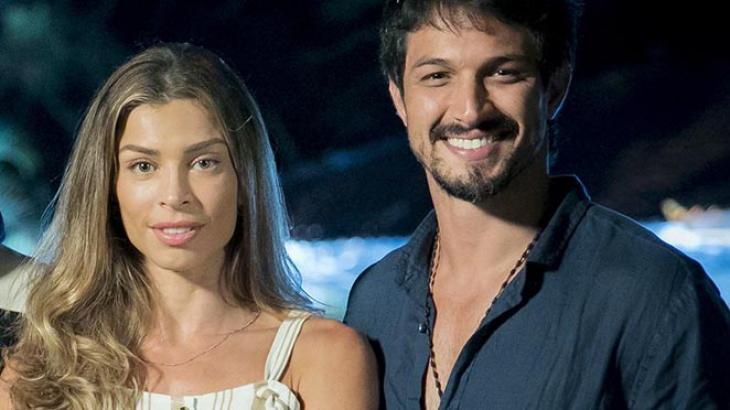 Paloma e Marcos: mocinho ajudará a provar a inocência da costureira - Foto: Reprodução