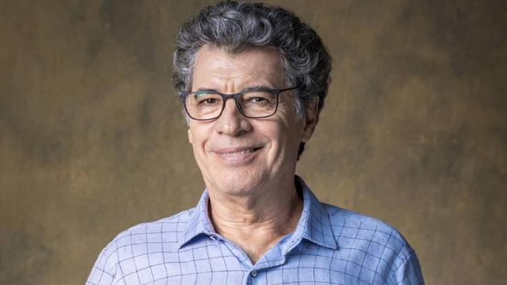 Paulo Betti estreou novo formato de teatro