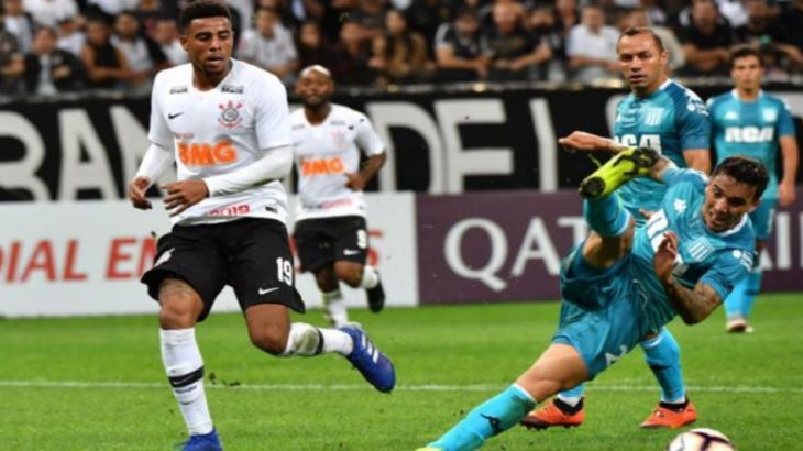 1ab1c3a1d5 Racing x Corinthians ao vivo  transmissão pela RedeTV! nesta quarta-feira  27 02 2019