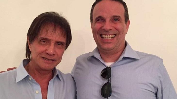 """Filho de Roberto Carlos esclarece relação do pai com cantora: """"Não é minha madrasta"""