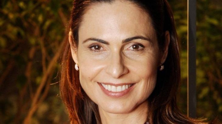 Silvia Pfeifer volta ao Brasil na Record em