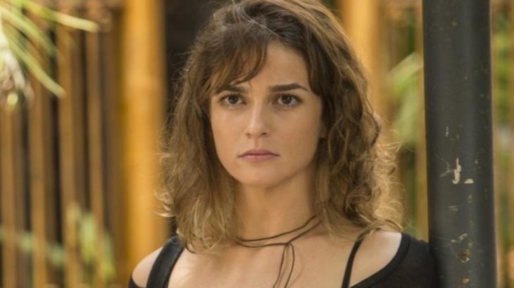 Sofia é má e planeja tocar o terro em Totalmente Demais - Reprodução/TV Globo